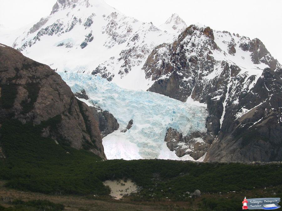 Glaciar-Piedras-Blancas.-Tolkeyen