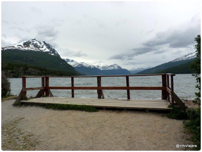 Ushuaia_Parque_Nacional_Tierra_del_Fuego_Lago_Roca